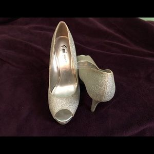 Silver Glitter Open Toe Pumps